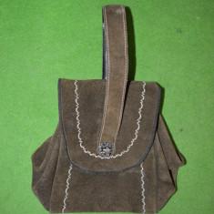 Geanta Dama - Poseta din piele intoarsa, etno, verde-kaki, gen costum popular austriac /german