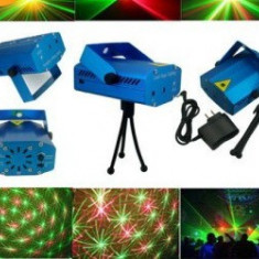 Laser lumini club - Proiector laser cu multiple jocuri de lumini si culori