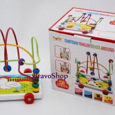 Jocuri arta si creatie - Jucarie creativa din lemn cu roti - Poate fi trasa de sfoara de cei mici!