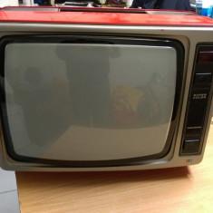 Televizor CRT - TV Vitage Grundig Super Color 1631