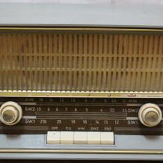 Aparat Radio vechi Made in UAR, Ismailia; Radioreceptor