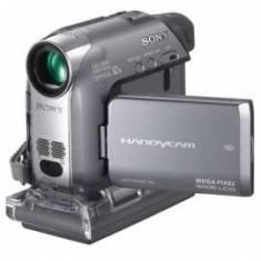 Vand camera video DIGITALA sony DCR-HC22E + accesorii - Camera Video Sony, Mini DV, CCD