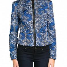 JACHETA cambrata cardigan MANGO MNG by zara albastra matlasata, imprimeu floral alb negru, fermoar casual office, nou, XS - Pulover dama Zara, Culoare: Albastru