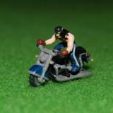 Jucarie figurina motociclist miniatura, plastic, 3x2 cm, colectie - Figurina Povesti