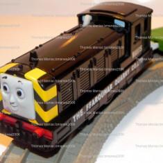 Trenulet de jucarie, Plastic, Unisex - TOMY/TrackMaster trenulet baterii - Thomas locomotiva MAVIS cu Breakdown Truck