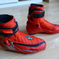 Ghete Ski / Skating Alpina Racing ASC cu multiple reglaje (PosiFit); marime 41 - Clapari Salomon