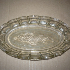Vesela sticla - FARFURIE OVALA DIN STICLA CU DECOR PESTE, DE COLECTIE