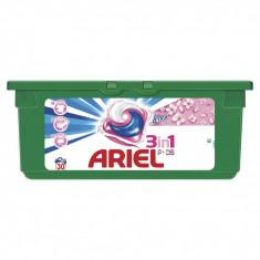 ARIEL Touch of Lenor, capsule detergent, 30x35ml