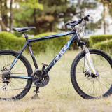 "Bicicleta MTB Felt Q220 26"" frane disc - Mountain Bike Felt, 17 inch, 26 inch, Numar viteze: 18"