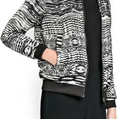 JACHETA geaca MANGO by zara sacou toamna alb negru noua cu eticheta de hartie S - Jacheta dama Zara, Marime: S