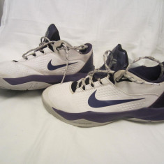Adidasi baschet - Ghete baschet low Nike Zoom Kobe Venomenon 3 mas.42, 5