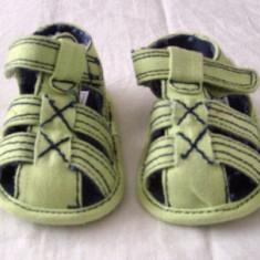 Sandale copii din blug marimea 16 (0 - 6 luni) - NOU, Unisex, Textil