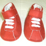 Botosei copii rosii foarte draguti 0 - 6 luni - NOU - Botosi copii, Marime: 16, Culoare: Din imagine