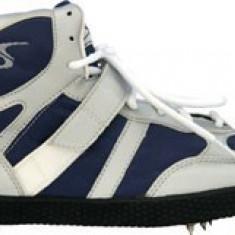 Adidasi barbati - Adidasi cu crampoane Salta