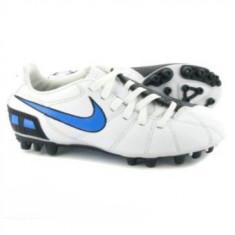 Ghete fotbal Nike Total 90 Shoot III AG Junior