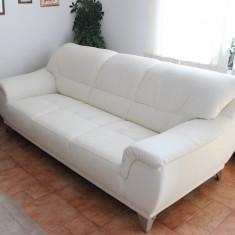 Set canapea si 2 fotolii din piele ecologica - Set mobila living