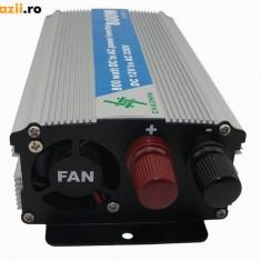 Invertor auto 800w 12V dc-220V ac