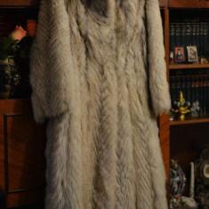 Haina de blana naturala din Vulpe Polara - dama, provenienta Germania - Palton dama, M/L, Auriu