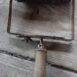 Rol cu furca pt zugravit