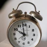 "Ceas desteptator - Ceas vechi, desteptator, ""Ingraham"", mecanic"