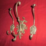 Metal/Fonta, Sfesnice - Set de 3 cuiere din bronz