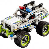 LEGO Technic - Interceptorul politiei (42047)