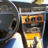 DE VANZARE MERCEDES 190 - Autoturism Mercedes, An Fabricatie: 1992, Benzina, 200000 km, 1995 cmc, Model: 200