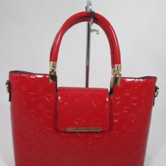 Geanta dama mare rosie de lac model Louis Vuitton+ CADOU, Culoare: Din imagine