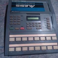 Alesis HR16 Drum Machine - Tobe