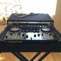Vand Consola Traktor S4 MK 2 + Case Zomo(cu roti) + Cablaj Case - Console DJ native instruments