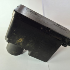 Pompa vacuum inchidere centralizata Volkswagen Audi 443862257D - Incuietoare interior - exterior