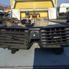 Grile ventilatie mijloc Mercedes A-class w168 A1688300054 - Grila