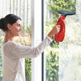 Aparat curatat geamuri