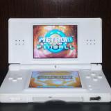 Nintendo DS Lite Alb + incarcator + stylus + joc NDS DSL compatibil cu GBA
