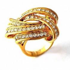 Inel placate cu aur - Superb inel 9K gold filled cu cristale Swarovski. Marimea 6