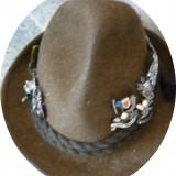 Imbracaminte Vanatoare - Palarie vanatoare cu insigne