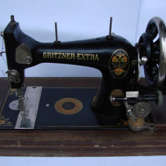 Masina de cusut de epoca marca GRITZNER Durlach