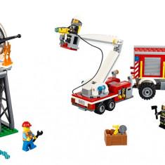 LEGO® City Camion utilitar de pompieri - 60111