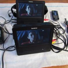 Dvd portabil 2 MONITOARE 12+220V - DVD Player Portabil