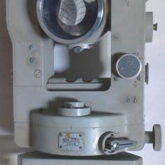Un teodolit carl zeiss 010 defect pentru piese su pentru reparat - Microscop