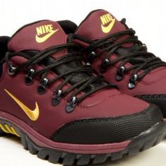 Bocanci NIKE - Bocanci barbati Nike, Marime: 44, Culoare: Din imagine