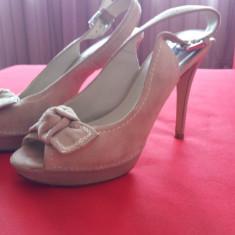 Pantofi dama - Pantofi cu toc si platforma Zara