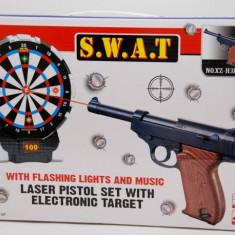 Set pistol de jucarie cu tinta, laser si muzica / Tragi la tinta si porneste muzica!