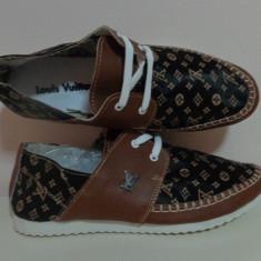 Espadrile Louis Vuitton Tenisi barbati LV la reducere de pret. - Espadrile barbati Louis Vuitton, Marime: 43, Culoare: Din imagine