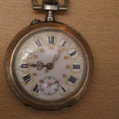 Ceas de buzunar - CEAS VECHI DE BUZUNAR -SWISS MADE-FARA NUME D=4, 5CM-FUNCTIONEAZA BINE.