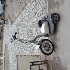 Trotineta adulti - Tricicleta electrica