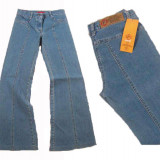 Blugi dama - foarte evazati - usor elastici - FARMS K7 W 27, 28 (Art. 367, 8), Albastru