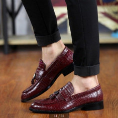 Pantofi eleganti snake mocasini loafer.Disponibili in trei culori. COLECTIA NOUA - Pantofi barbati, Marime: 39, 40, 41, 42, 43, 44, Culoare: Maro, Negru, Visiniu
