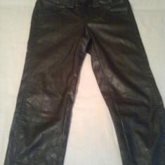 Pantaloni dama Bisou Bisou DIN IMITATIE PIELE ~ firma BSB ORIGINAL- MADE IN GREECE (mar.38), Lungi, Poliester