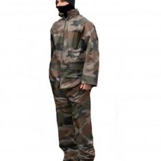 Imbracaminte Vanatoare - Costum camuflaj impermeabil Miltec